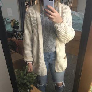 Oversized sweater / cardigan